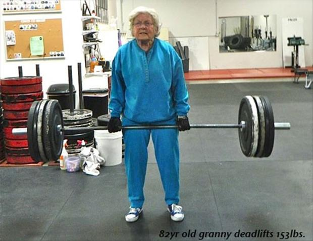 old-lady-lifting-weights